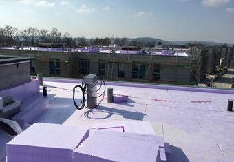 4-Sterne-Superior-Hotel setzt auf hochwertige JACKODUR<sup>®</sup> Wärmedämmung für begrüntes Umkehrdach