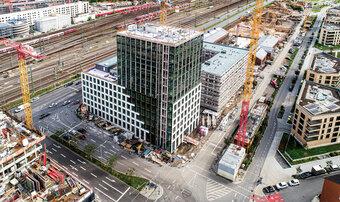 Zukunftsweisende Klimaschutz-Planung für das neue Bürogebäude der SV SparkassenVersicherung beginnt beim Dach